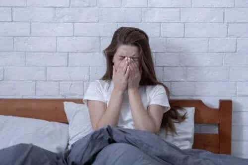 Insomnia din cauza stresului: cum te poți trata?