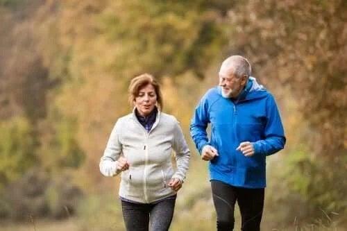 Persoane care fac jogging