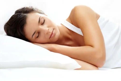 Femeie care are parte de odihnă