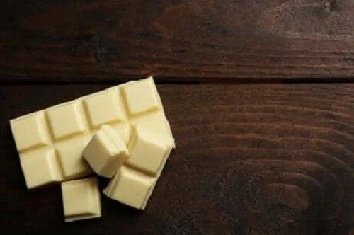 Ciocolata albă nu este cea mai sănătoasă ciocolată