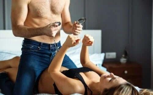 Stimularea libidoului prin jocuri erotice