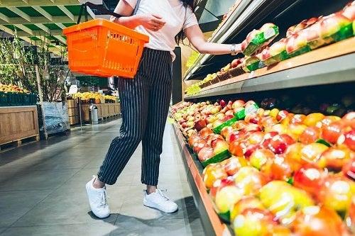 Cum să alegi alimente mai sănătoase: 10 sfaturi