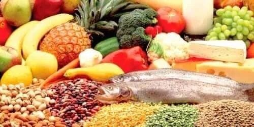 Alimente ce conțin nutrienți esențiali