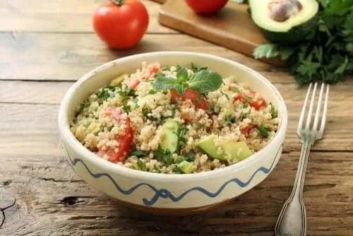 Bol cu salată
