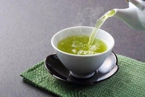 Ceai inclus în dieta pentru deshidratare