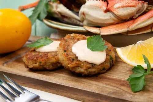 Rețete delicioase de chiftele de crab