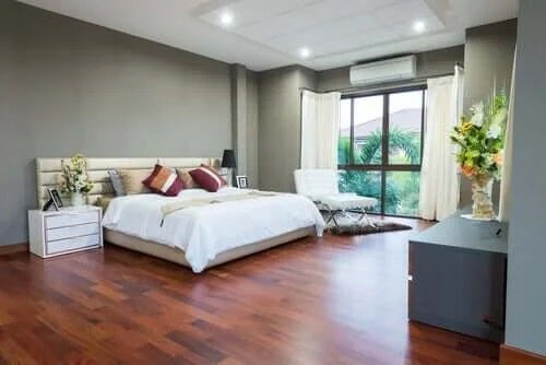 Dormitor amenajat impecabil