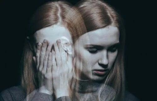 Fată care are depresie