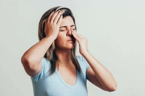 6 uleiuri esențiale pentru sinuzită
