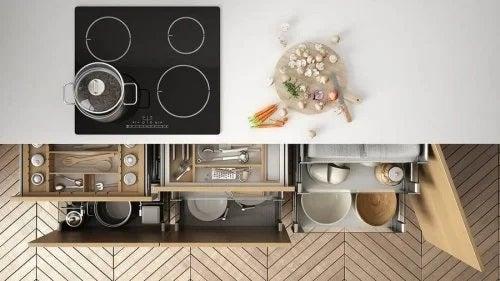 Cum amenajezi spațiul de depozitare din bucătărie