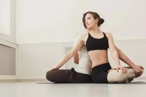 Yoga pentru cupluri