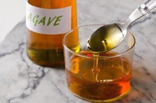 Sirop de agave pe lista cu cei mai buni îndulcitori naturali