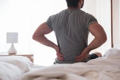 Inflamația nervului sciatic: simptome și remedii