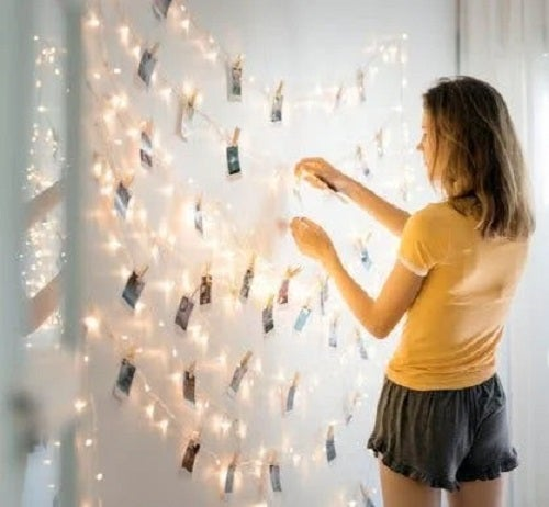 Decorațiuni cu fotografii și cablu luminos