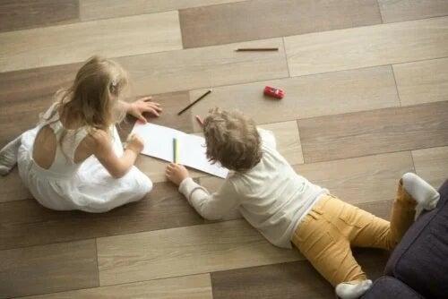 Dezavantajele podelelor din lemn dacă ai copii