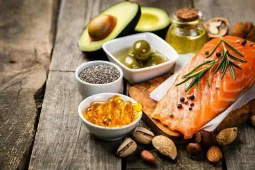 Este bine să elimini grăsimea din dietă?