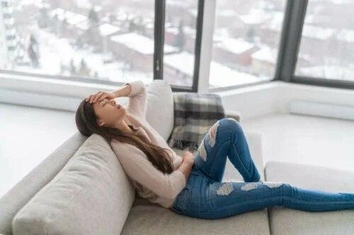 5 remedii pentru reglarea menstruației