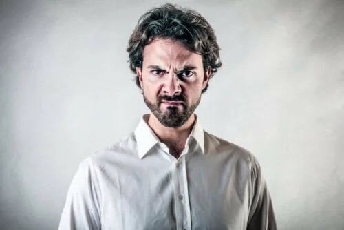 Gestionarea izbucnirilor de furie la bărbați