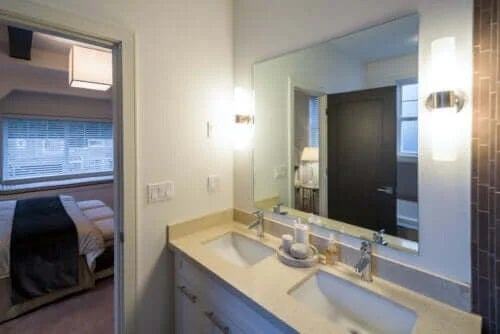 Idei pentru modificarea zonei chiuvetei din baie