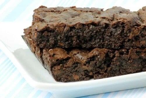 Prăjitură cu ciocolată fără zahăr