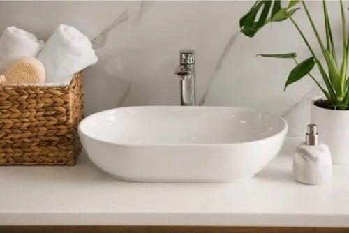 REnovarea zonei chiuvetei din baie