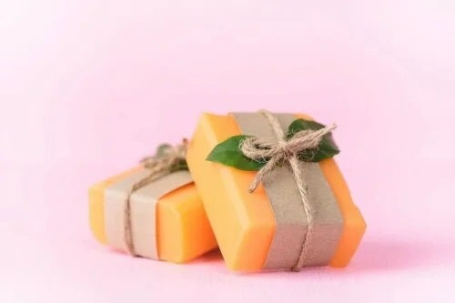 Săpunul de papaya artizanal