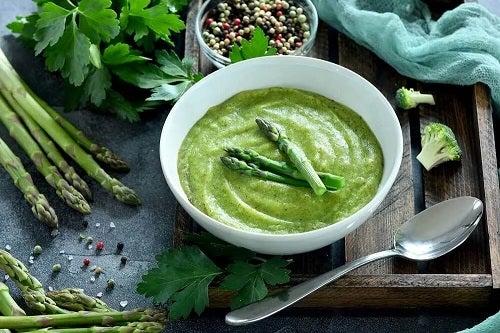 Rețetă de supă cremă de sparanghel verde