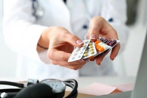 Medic care oferă un tratament pentru sarcoidoză