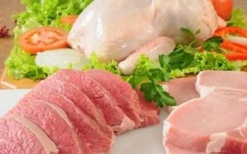 Carne pentru o rețetă de șnițele umplute
