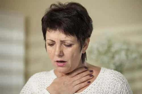 Care sunt simptomele și cauzele disfagiei?