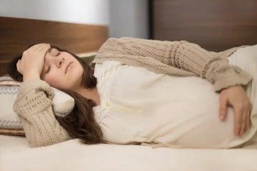Colica renală în sarcină: cauze și simptome