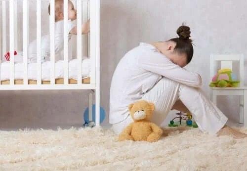 Cum poți identifica și trata depresia postpartum?