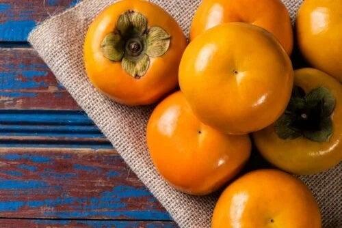 Fructe kaki