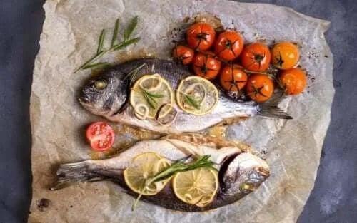 Pește gătit la cuptor