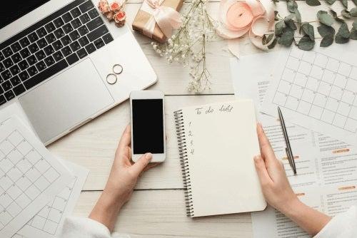 4 sfaturi pentru pregătirea listei de invitați la nuntă
