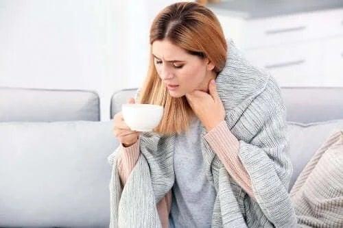 3 remedii cu cimbru pentru bronșită