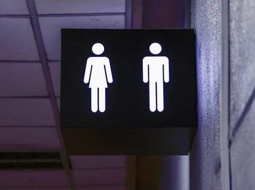 Sexul în public: avantaje și riscuri