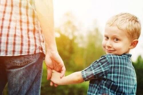 Tulburarea de angajare socială dezinhibată la copii
