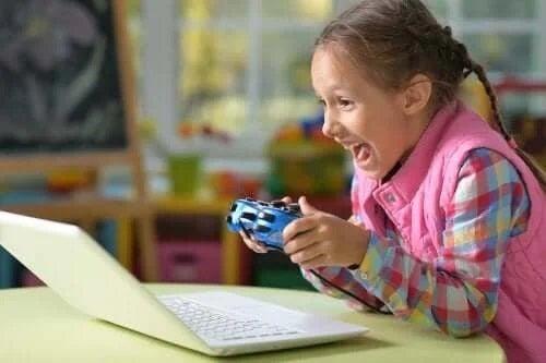 Cum să vorbești cu copiii despre competitivitate în jocuri