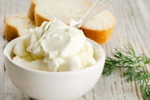 Beneficiile cremei de brânză pentru sănătate