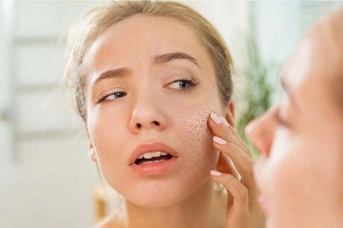 Beneficiile peptidelor pentru piele uscată