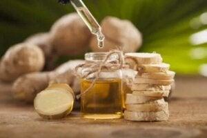 Beneficiile uleiului de ghimbir și prepararea acasă