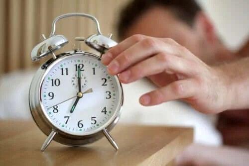 De câte ore de somn avem nevoie?