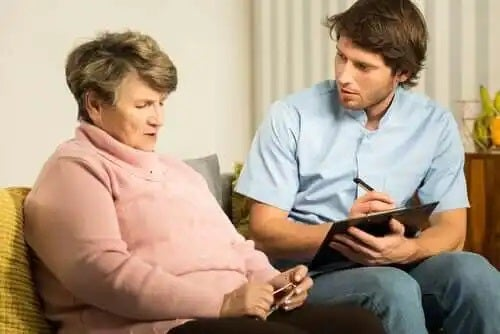 Bilingvismul încetinește demența la bătrâni