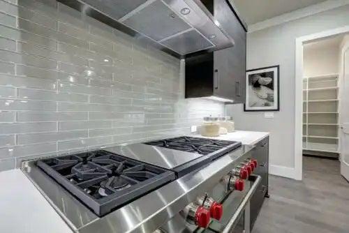 Caracteristicile bucătăriilor liniare și minimaliste