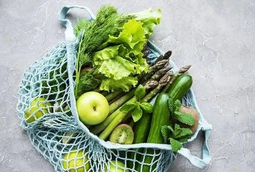 Fructe și legume verzi