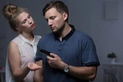 Gelozia față de fostul partener în relație