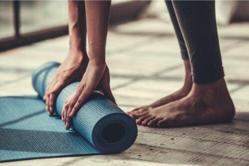 4 exerciții Pilates pentru începători