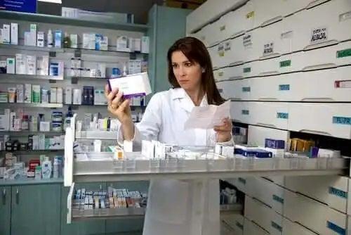 Specialist care cunoaște mituri despre antibiotice