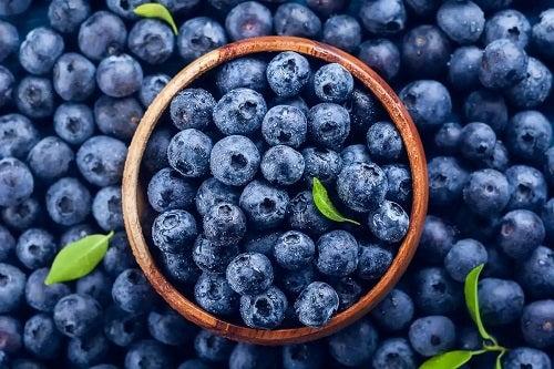 Afinele sunt fructele cu cei mai puțini carbohidrați